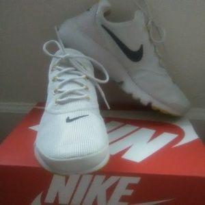 Nike Presto Sneaker (Size 7 Y)